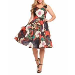 NWT Floral Sleeveless Swing Full Skirt Dre…